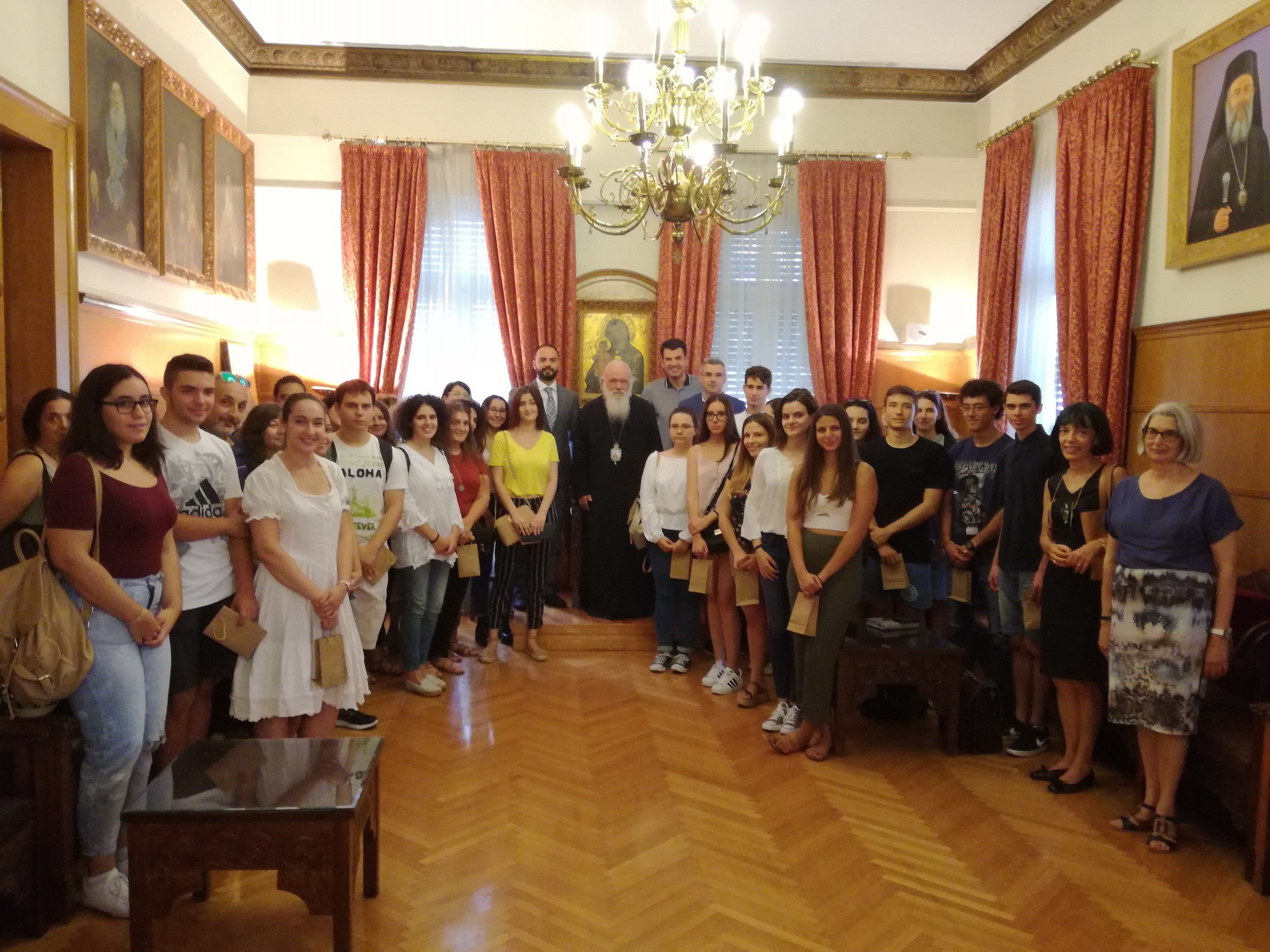Συγκινητικός Λόγος του Αρχιεπισκόπου κ.κ. Ιερωνύμου στους επιτυχόντες, γονείς και καθηγητές του Κοινωνικού Φρονιστηρίου